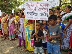 मुंबई में चिड़ियाघर बनाने के राज्य सरकार के फैसले के खिलाफ सड़कों पर उतरे आदिवासी