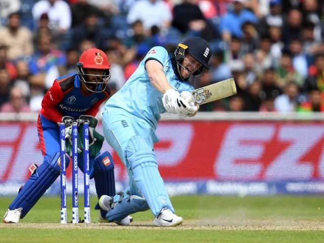 Eoin Morgan Hit Record Breaking Over Boundary At Manchester