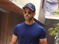 Hrithik Roshan May Step Into Amitabh Bachchan's Shoes For <i>Satte Pe Satta</i> Remake: Reports