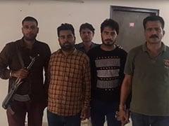 दिल्ली पुलिस की क्राइम ब्रांच टीम पर बदमाशों ने किया हमला, दो बदमाश पकड़े गए