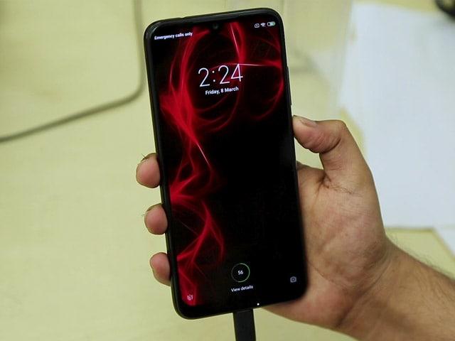 Videos : 15,000 रुपये तक के बेस्ट स्मार्टफोन (जून 2019)