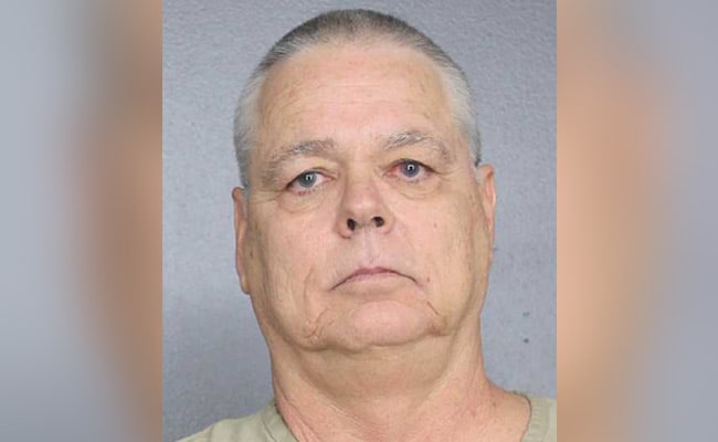 Armed Sheriff, Who Stood Outside Florida School During Shooting, Charged