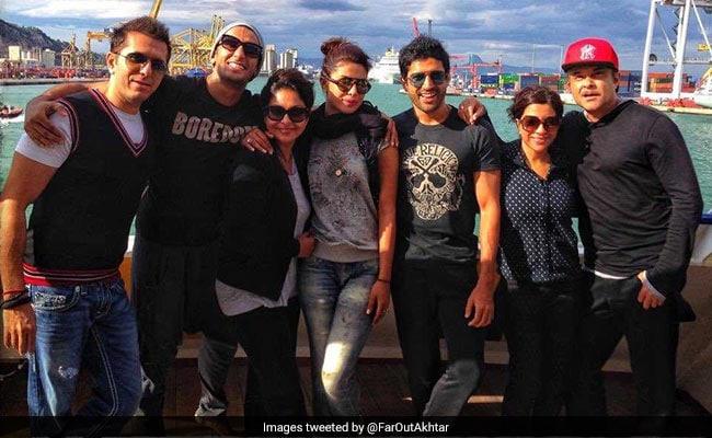 How Anil Kapoor, Farhan And Zoya Akhtar Marked 4 Years Of Dil Dhadakne Do