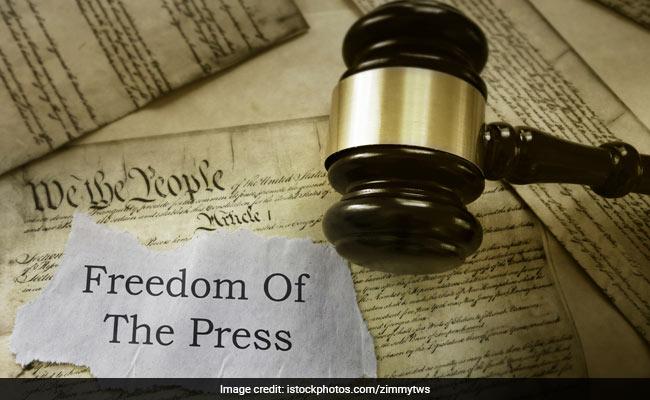 भारत में पत्रकारों का है बुरा हाल, चीन में हालत और भी गंभीर, पढ़ें चौंकाने वाली रिपोर्ट