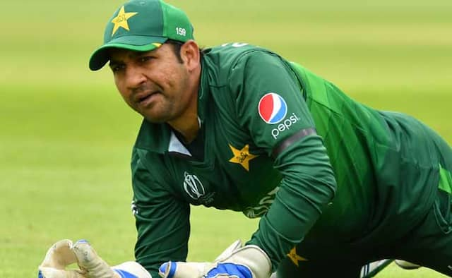 PCB Chief Ehsan Mani calls up Pakistan captain Sarfaraz Ahmed after defeat to India