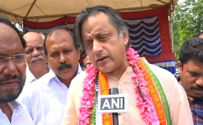 No One In North Is Learning Malayalam Or Tamil: Shashi Tharoor