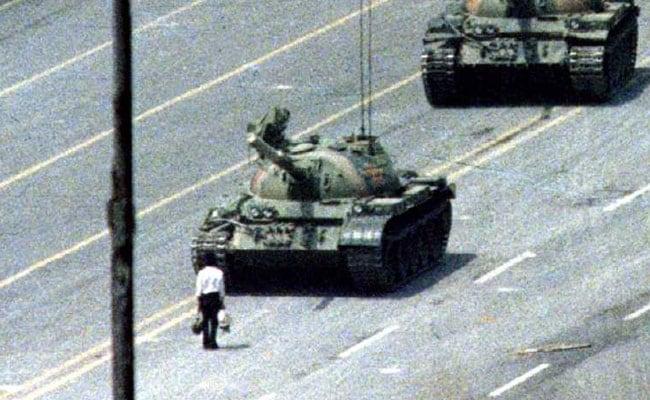 Chinese Cartoonist Slams Twitter For Refusing Tiananmen Emoji