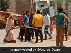 VIDEO: पिटाई का बदला लेने के लिए बनाया Whatsapp ग्रुप, नाम रखा AK-47 और...