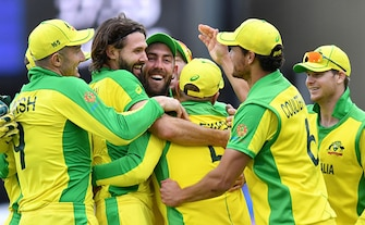 Australia Return To Winning Ways 41-Run Victory Over Pakistan