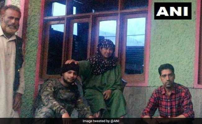 Navy Commandos Rescue Woman, Her Daughter From Drowning In Lake In J&K
