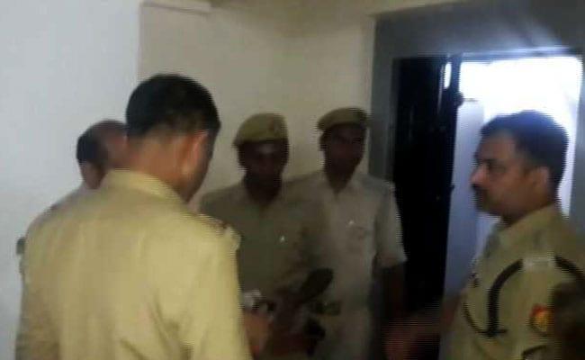 ठगी के आरोपी को पुलिस ने उसकी पसंद की शानदार जगह पर कराया लंच, छह पर गिरी गाज