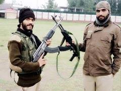 जम्मू-कश्मीर: पुलवामा में सुरक्षाबलों ने मारे गिराए 4 आतंकी, जिसमें हथियार लेकर भागे 2 SPO भी थे शामिल