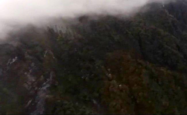 AN-32 के यात्रियों की तलाश के लिए पर्वतारोही भी भेजे गए क्रैश साइट पर, Video देखें
