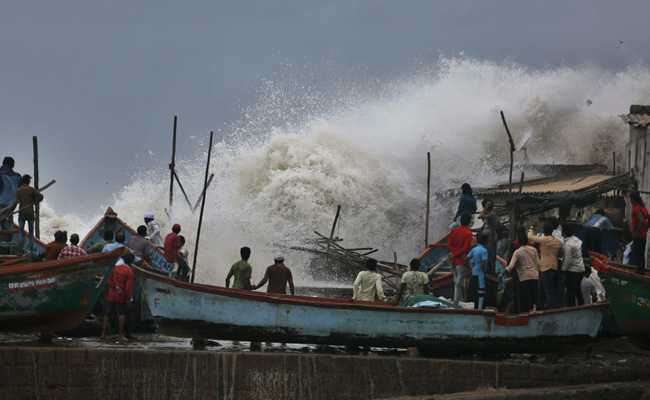 Power Supply Disrupted In 560 Gujarat Villages After Cyclone Vayu