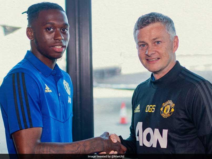 Manchester United Complete 50 Million Pound Move For Aaron Wan-Bissaka