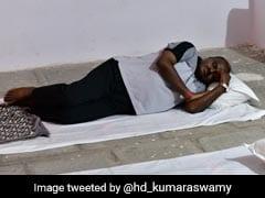 गांव यात्रा पर उठे सवाल तो बोले कर्नाटक के सीएम कुमारस्वामी- नहीं लिया था 5 स्टार ट्रीटमेंट, सड़क पर भी सो सकता हूं