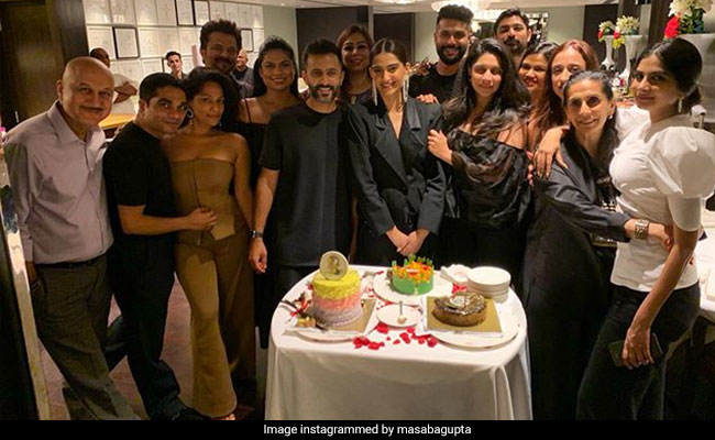 Inside Sonam's 'Phenomenal' Birthday Party With Anand Ahuja, The Kapoors, Masaba Gupta