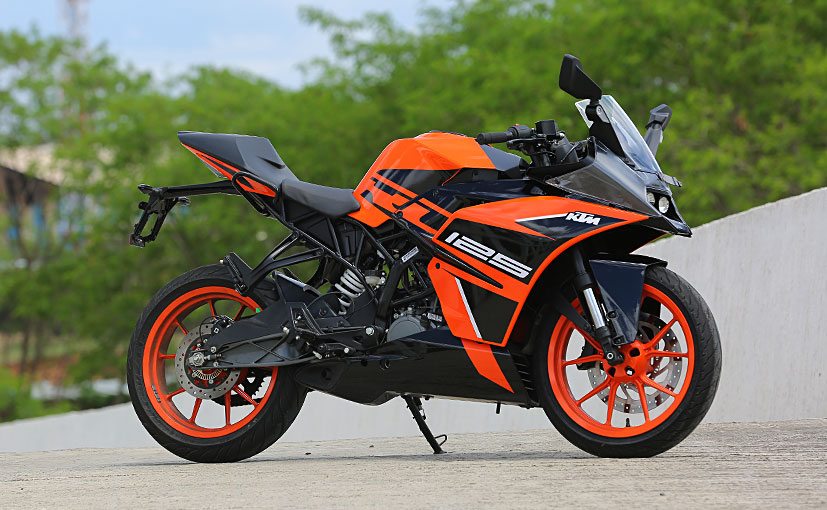 The KTM RC 125 gets a single-channel Bosch ABS system