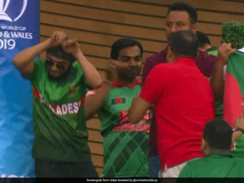 2019 Cricket World Cup SA VS Ban Bangladesh fans Nagin Dance After Winning Match