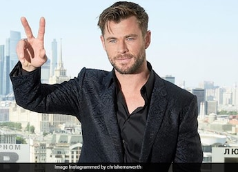 """Chris Hemsworth's Birthday Was A """"Giant Sugary Heap Of Joy"""" With This Cake, Can You Guess The Chefs"""