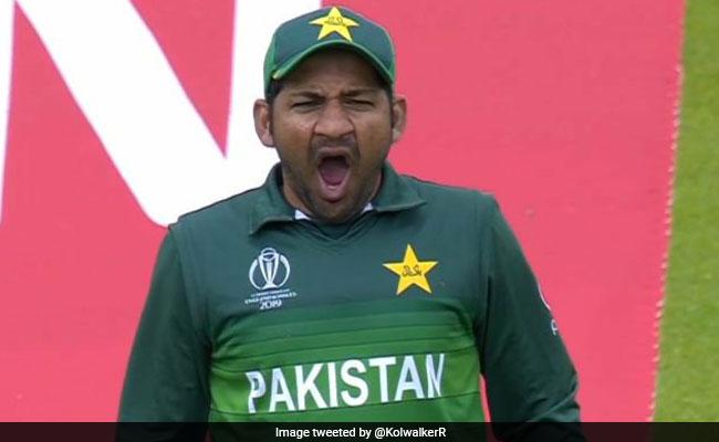 'जम्हाई' लेने पर ट्रोल हुए पाकिस्तान के कप्तान सरफराज अहमद का आया जवाब, कह डाली ये बात