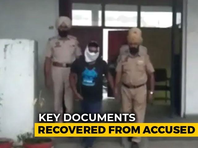 Video : Punjab Man Arrested For Spying, Passing Info To Pak's ISI Via WhatsApp