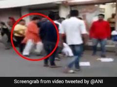BJP विधायक से मिलने आई NCP महिला समर्थक को जड़े थप्पड़, लात-घूसों से की पिटाई, देखें VIDEO