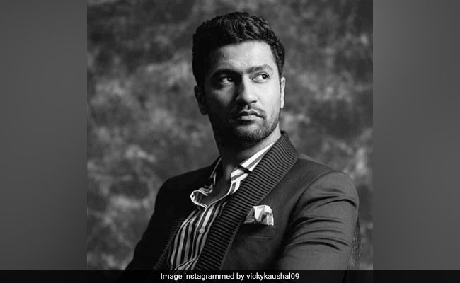 Vicky Kaushal Reportedly Replaces Akshay Kumar In Sajid Nadiadwala's LOL: Land Of Lungi