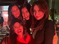 Seen This Pic Of 'Bumble Bees' Priyanka Chopra And Anusha Dandekar With Friends ?