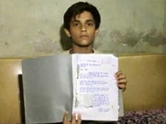 'मोदी है तो मुमकिन है' नारा सुन 8वीं के बच्चे ने पीएम को भेजी 37 चिट्ठियां, लिखा - मेरे पापा की नौकरी वापस दिला दो