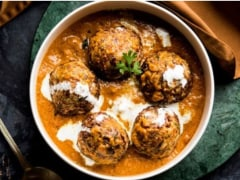 Watch: How To Make Creamy Spinach (Palak) Kofta Curry This Winter Season