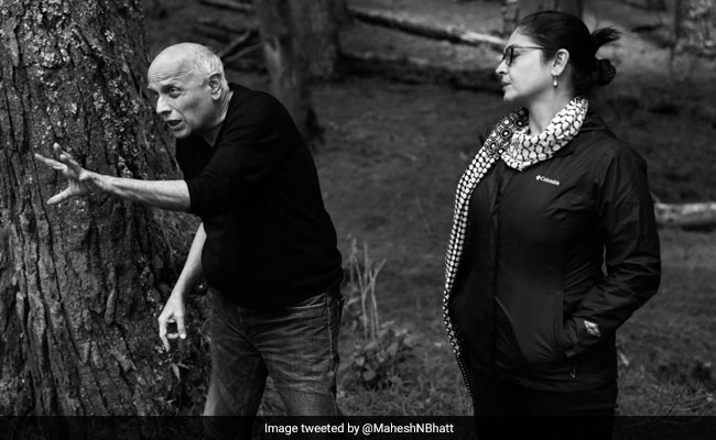 On Father's Day, Mahesh Bhatt Shares Posts For Pooja Bhatt, Alia Bhatt And Shaheen Bhatt