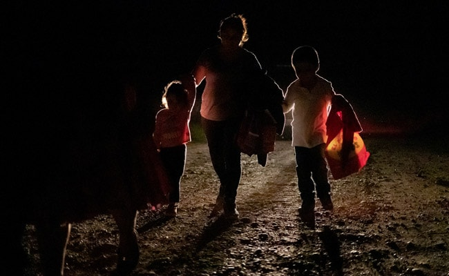 US Ordered Into Mediation On Border Patrol Treatment Of Migrant Children