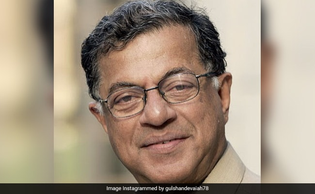 'His Loss Leaves A Void': Sonia Gandhi Pays Tribute To Girish Karnad