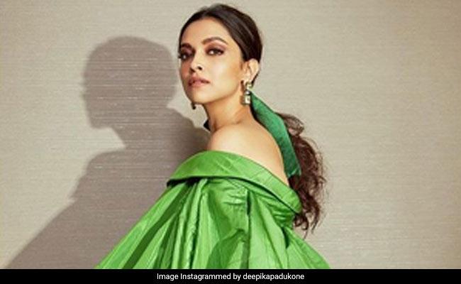 Deepika Padukone And Ranveer Singh's 'Shuddh Desi' Comment Exchange On Instagram