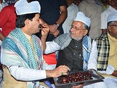 बिहार : आचार संहिता, इफ्तार और सियासी मायनों के फेर में फंसे सभी पार्टियों के नेता