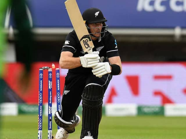Watch: Martin Guptill Loses Balance, Hits Wicket During World Cup Match Against South Africa