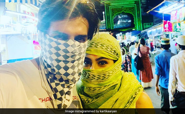 Can You Guess The Usual Suspect In Kartik Aaryan's Eid Selfie?