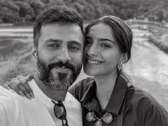 Sonam And Anand Share Postcard-Worthy Pics From Japan