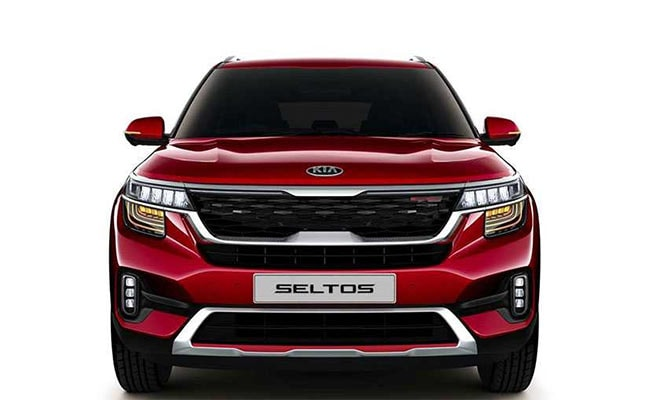 Dealers are accepting bookings for the Kia Seltos for a token of Rs. 25,000
