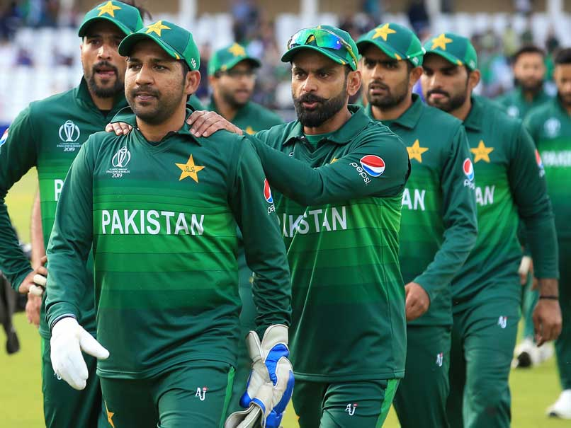 Pakistan, Sri Lanka split points after wash out