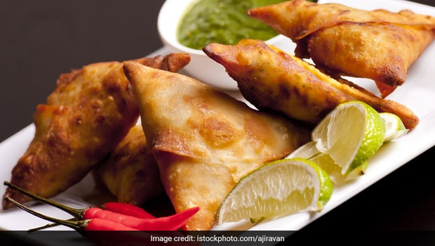 Street Foods Of India: How To Make Crispy Onion Samosa At Home (Recipe Video)