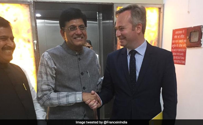 France To Give 7 Lakh Euros For Railway Station Development In India