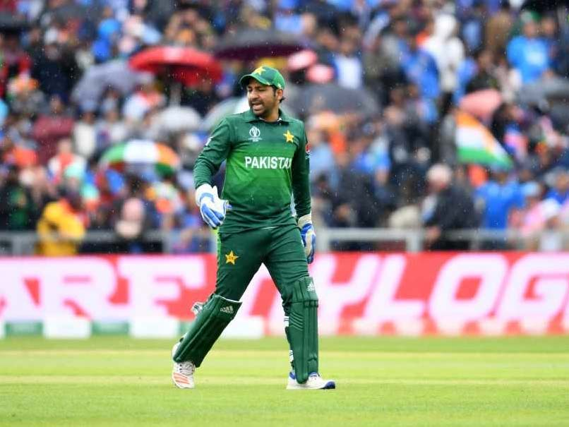 Sarfaraz Ahmed Sacked As Pakistan Captain, Azhar Ali Takes Over In Tests, Babar Azam In T20Is