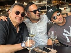 Rishi Kapoor Is Grateful For Moments Like These With Son Ranbir Kapoor