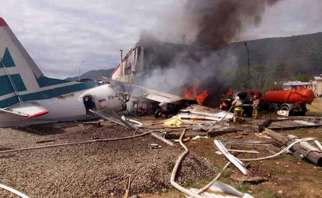 2 Dead After Russian Plane Makes Emergency Landing, Overshoots Runway
