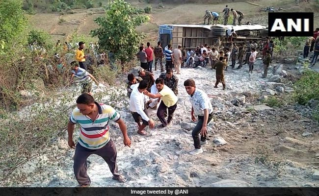 6 Killed, 39 Injured After Bus Falls Into Gorge In Jharkhand