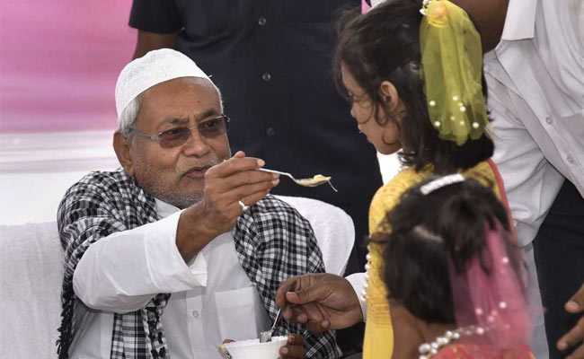 'Such People Have No Religion': Nitish Kumar On Giriraj Singh's Iftar Dig