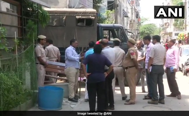 Cops Find 'Strong Clues' As CCTV Footage Leads South Delhi Murder Probe