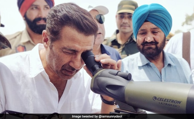 Sunny Deol Reviews Progress Of Construction Work On Kartarpur Corridor